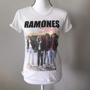 Official Ramones tee size M